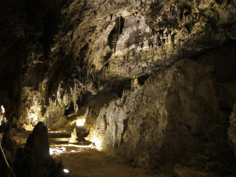 interior cavern room at Carlsbad Caverns