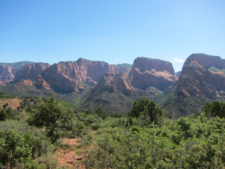 panoramic picture of Kolob Canyon in Utah