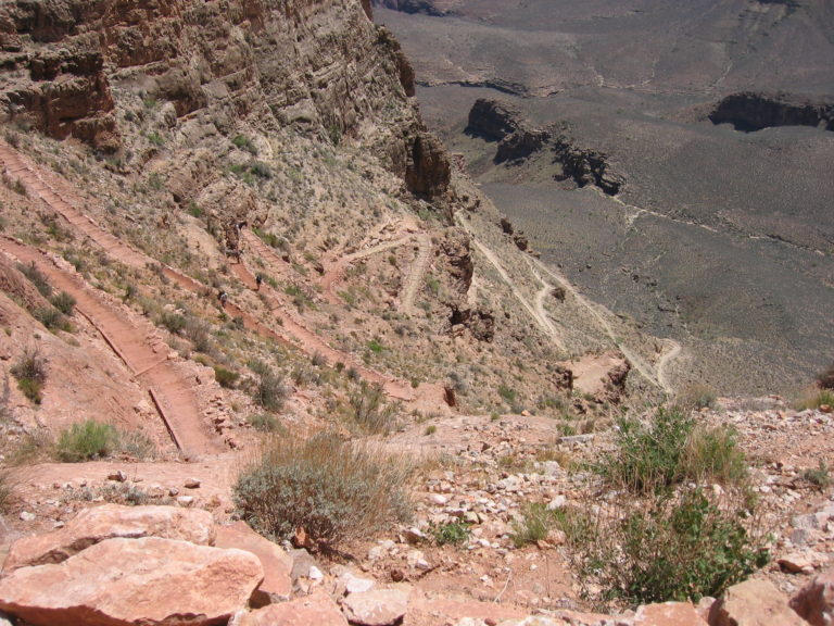 downward shot of many switchbacks on the middle section of the South Kaibab Trail